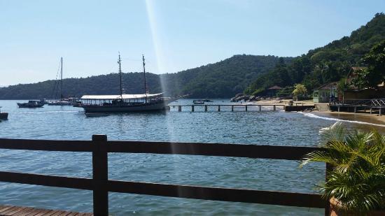 Pousada do Preto: Vista do Deck: local de embarque/desembarque da ilha - praia do Bananal