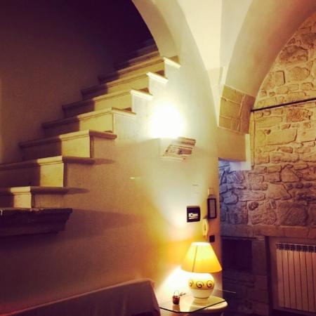 Chiesa Greca B&B Suites: Spacious suite!  Well equipped! Private Terrace!
