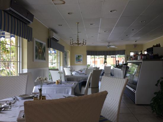 Maria D'anna Cafe: Beautiful decor