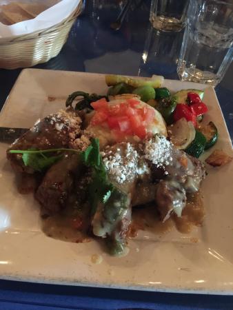 El Encanto: Steak
