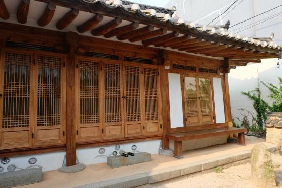 Jin Hanok Guesthouse