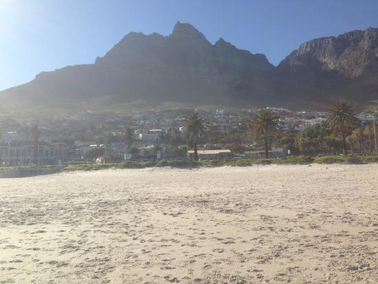 Camps Bay, Zuid-Afrika: Table mountain