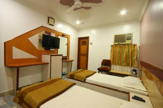 Hotel Good Night: STANDARD ROOM