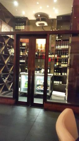Havana Grill: wine and champagne cellar