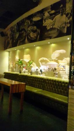 Havana Grill: inside seating area
