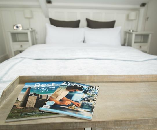 Highcliffe Contemporary Bed and Breakfast: Rm7 The Penthouse Suite