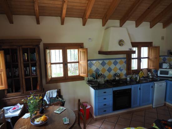 El Sueno : Casita Mimosa - kitchen