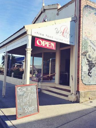 The Fox Hole Cafe & Providore