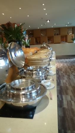 Days lnn Business Place Longwan Beijing: buffet breakfast