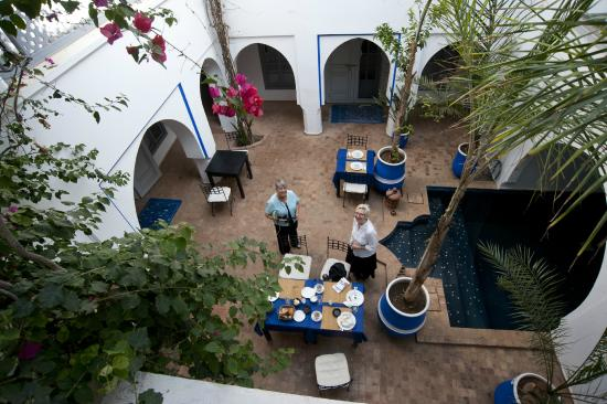 Riad L'Orchidee: The Courtyard