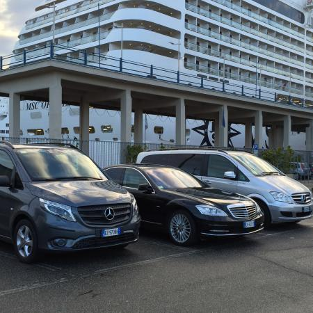 Iaccarino Sorrento Limousine Service: sorrentolimousineservice fleets