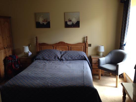 The Royal Inn: Lovely Bedroom