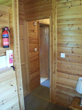The Poplars - Rooms & Cottages: View from the livingroom to the hall way leading to the bedrooms and bathroom.