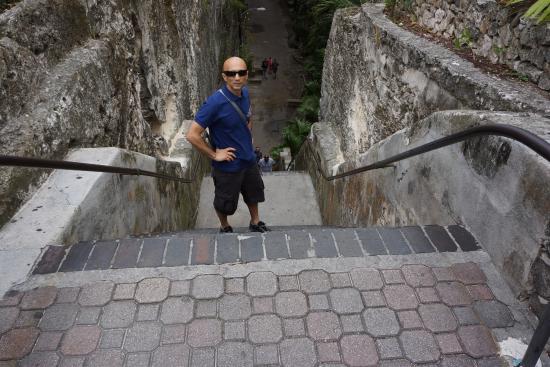Queen's Staircase 2