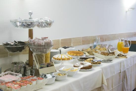Hotel degli Oleandri: Buffet colazione