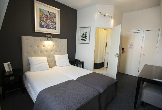 Quentin Amsterdam Hotel : Twin Room