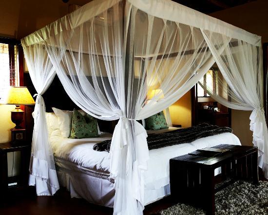 Shibula Lodge & Bush Spa: Honeymoon Suite