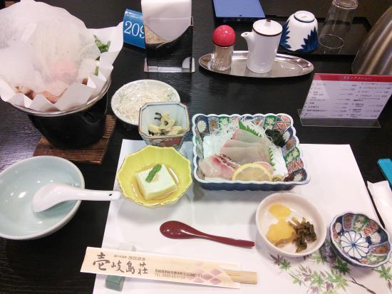 Ikijimaso: 夕食(一例)