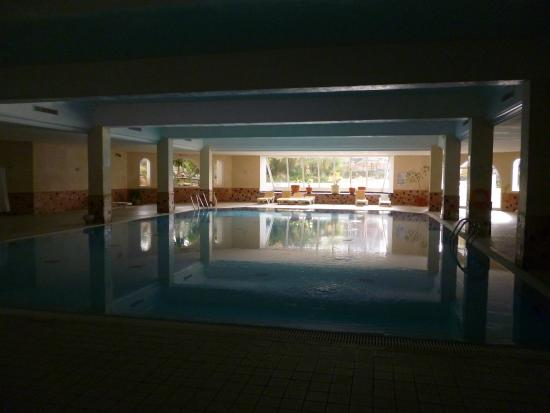 piscine int rieur picture of vincci resort djerba djerba island tripadvisor. Black Bedroom Furniture Sets. Home Design Ideas