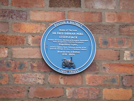 Bolton, UK: Plaque