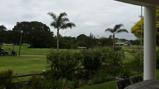 Mount Edgecombe Estate Lodge: View of the club house from the patio