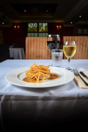 White River House Hotel: Weavers Restaurant: Head Chef Michael Lennon