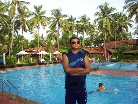Summer Sands Beach Resort Beautiful Pool And Greenery