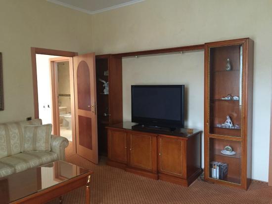 Podol Plaza: Living Room