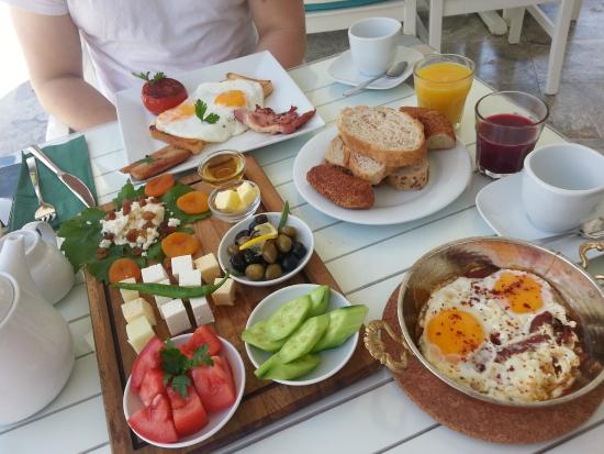Mozaik Boutique Hotel Rooms & Apartments : Breakfast