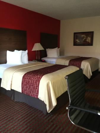 Red Roof Inn Kingsport: Beds
