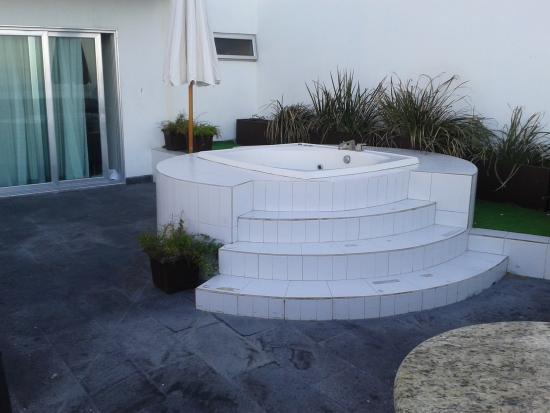 Coral Island Hotel and Spa: terraza