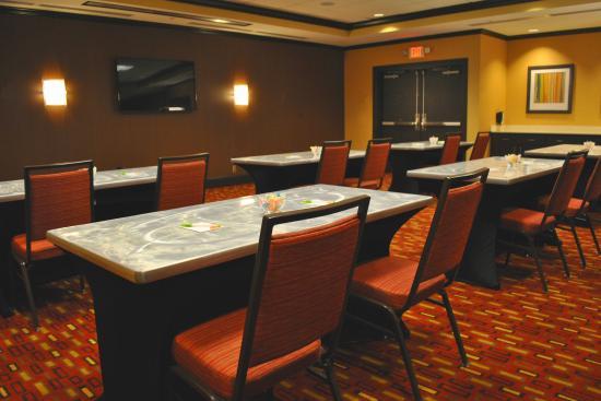 Courtyard Evansville East: Meeting Rooms