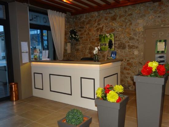 Hotel Restaurant Chaleat-Sapet : Réception