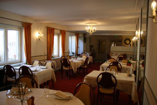 Prix Restaurant Le Dauphin Saint Pierre Des Nids