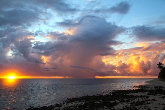 Alphonse Island, Seychelles: Sunset