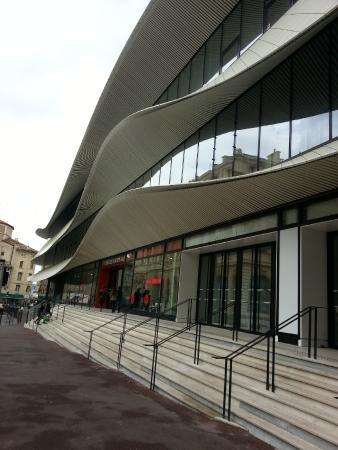 Centre Bourse: The new design look of Galerie Lafayette.