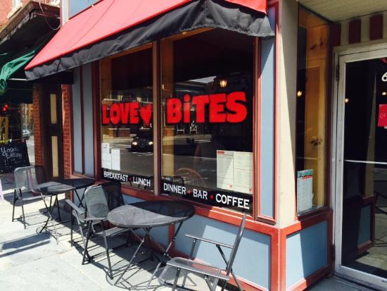 Love Bites Cafe: photo0.jpg