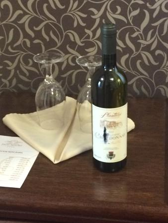 Hotel Palic Resort: Complimentary wine for two