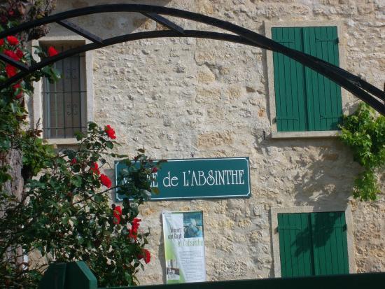 Musée de l'absinthe : Фасад