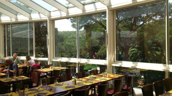 Club Vacanciel Les Issambres: notre table au self (avec buffet à volonté)