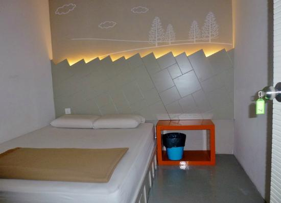 Warm Blanket Hotel