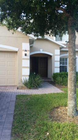 IPG Florida Vacation Homes: Front of house