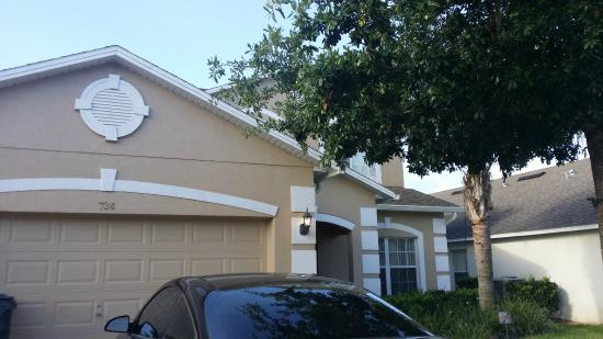 IPG Florida Vacation Homes: Front of home