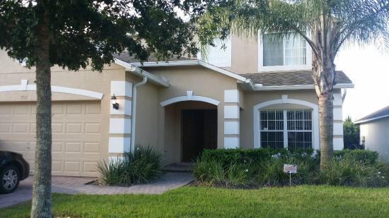 IPG Florida Vacation Homes: Front entry