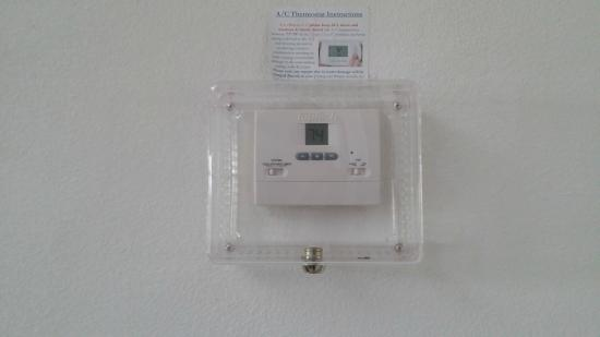 IPG Florida Vacation Homes: Controlled locked thermostat