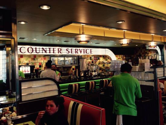 Laurel Diner Art Deco Style At Its Best