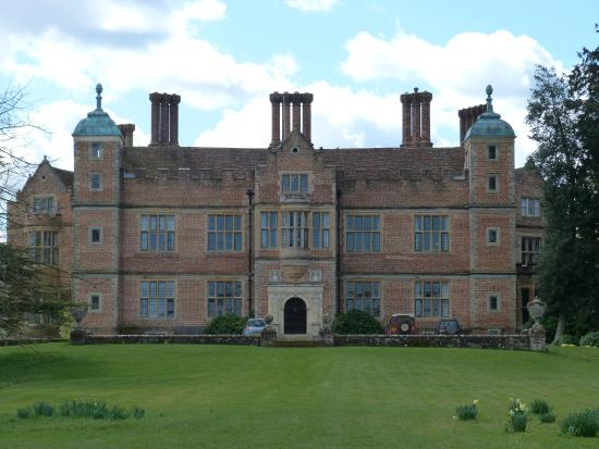 Chilham Castle Gardens