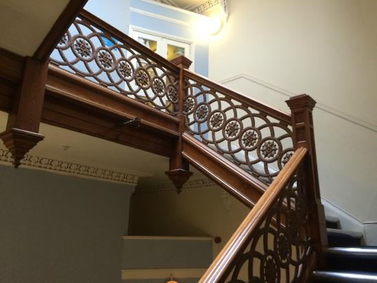Travelodge Edinburgh Haymarket Hotel: Staircase