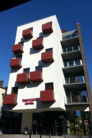 Mercure Valenciennes: Facade