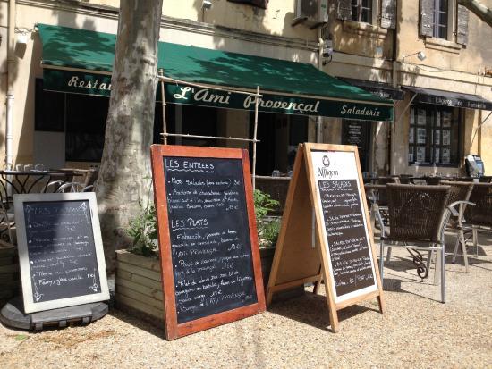 L'ami Provencal : #NOUVELLE GESTION ! Terrasse de l'Ami Provençal - Mai 2015